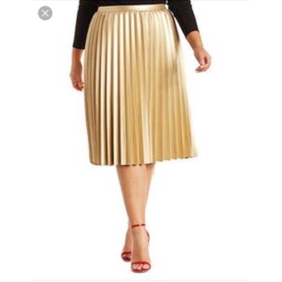 f1f89b0102a Plus Size Pleated Faux Leather Midi Skirt